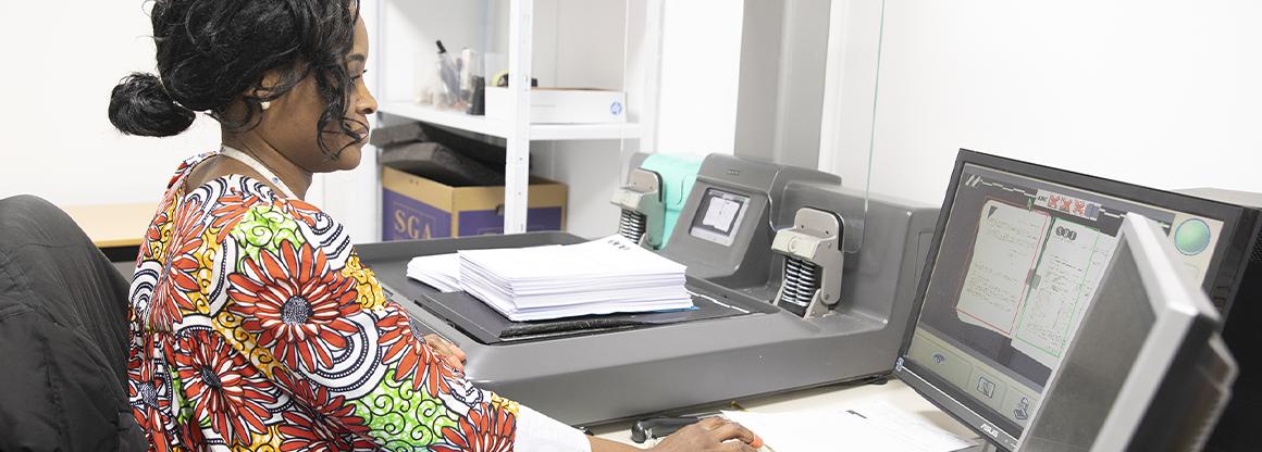 Externalisation-du-flux-de-courriers-entrants-numérisation-dossiers-prêts-ouvertures-comptes